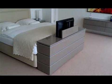 tv kast voeteneind bed tv lift meubel aan voeteneinde bed