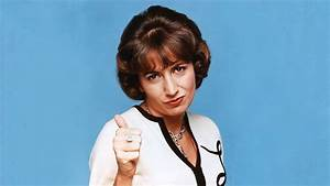 Remembering Penny Marshall, From Sitcom Clown to Versatile ...