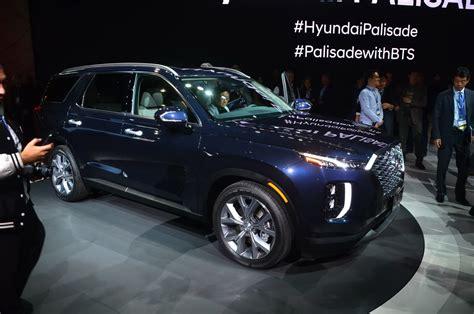 2020 Hyundai Palisade Length by 2020 Hyundai Palisade Arrives With Bold Design And More