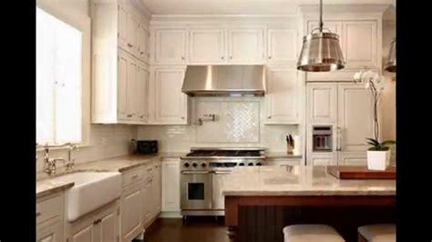 caseo maison free cuisine laquuee blanc brillant surmesure meubles de cuisines cuisines esprit