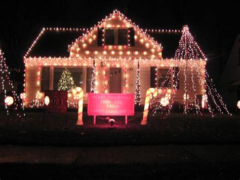 christmas lights in ohio 11 best christmas light displays in cleveland 2016