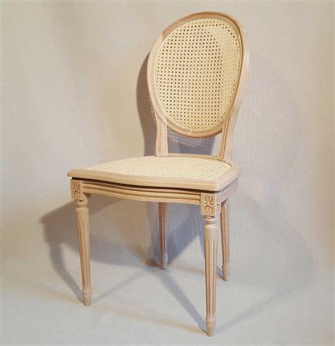 chaises médaillon chaise louis xvi medaillon cannee les beaux sièges de
