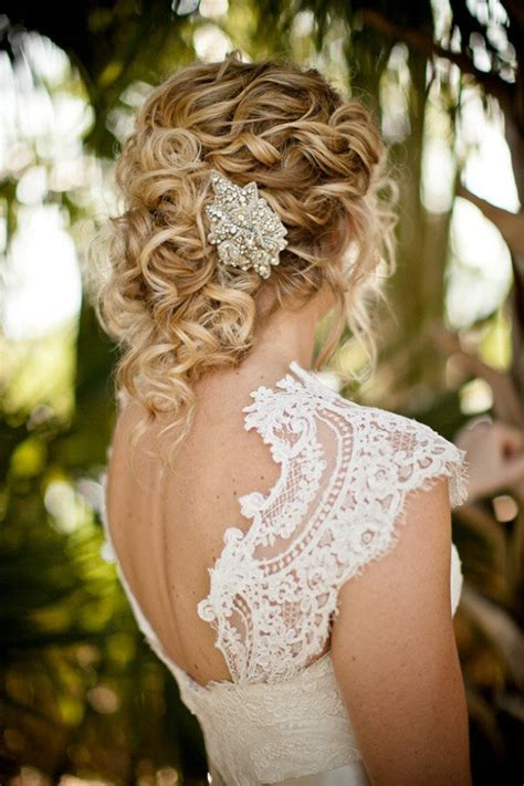 12 Steal Worthy Wedding Hairstyles Belle The Magazine