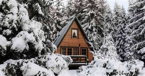 Winter Cottage 5 Cozy Cottages Near Calgary You Can Rent For Cheap