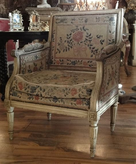 histoire du fauteuil louis xvi symbole du n 233 oclassicisme