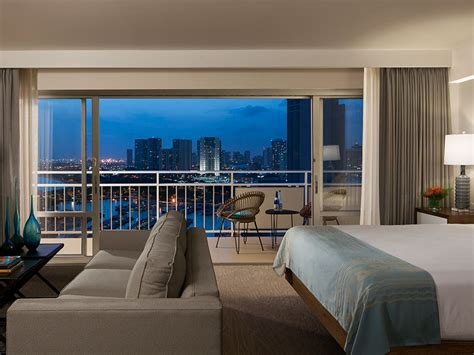 waikiki suites ilikai hotel luxury suites