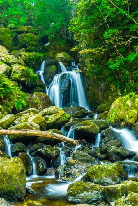 lodore falls waterfall lake district travel guide