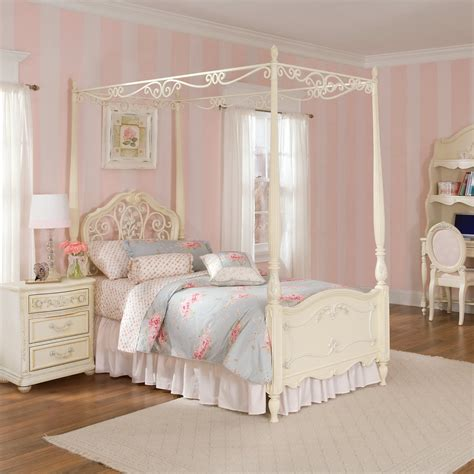 canapé beddinge canopy beds for sale buy a canopy bed at