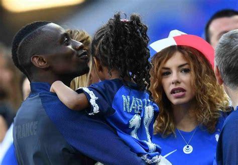 mondial  le  type des femmes des footballeurs de