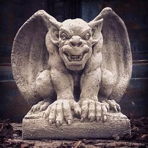Angry Gargoyle | La Casa Bella