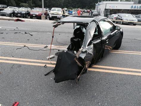 driver ejected  crash  route   salem salem
