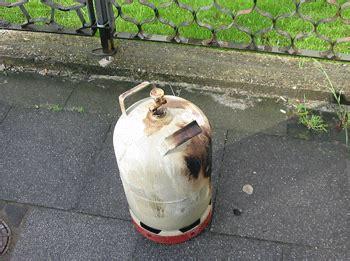 ofen aus gasflasche ofen aus gasflasche outdoor ofen terrassenofen selber bauen angler ofen feuertonne