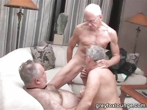Insatiable Old Folks Hook Up In The Public