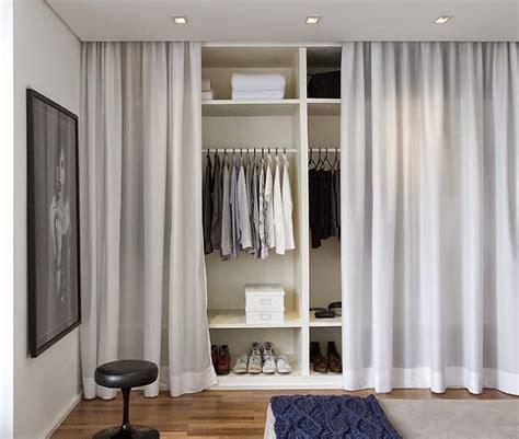 tenture plafond chambre de decoração arquitrecos cortinas nas portas de