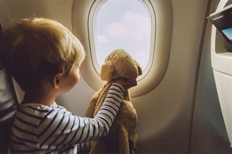 choisir siege avion avion avec bébé et enfant quels sièges choisir bb jetlag