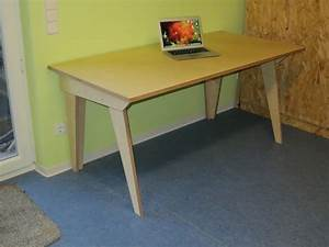 Tisch Für Handkreissäge : computertisch einfach selbst gebaut teil 1 holz und leim ~ Frokenaadalensverden.com Haus und Dekorationen