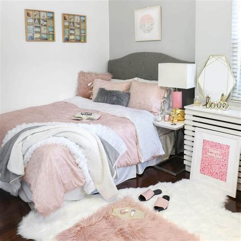 Bedroom Ideas In Apartments by Bedroom Decor Apartment Bedroom Ideas Dormify