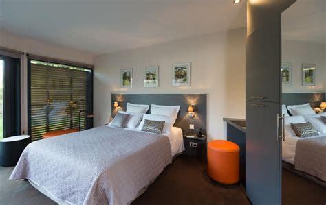 chambres contemporaines les chambres et duplex de l 39 hôtel à pont audemer près d