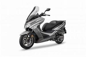 Kymco Grand Dink : prueba de la nueva kymco grand dink 2016 mucha m s moto motos ~ Medecine-chirurgie-esthetiques.com Avis de Voitures