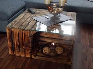 Tisch Aus Holzkisten : couchtische couchtisch aus geflammten apfelkisten auf rollen inkl glasplatte 81x81x44cm ~ Frokenaadalensverden.com Haus und Dekorationen