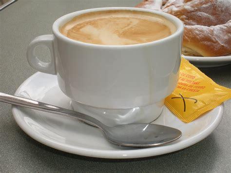 cafe con leche file taza de caf 233 con leche jpg wikimedia commons