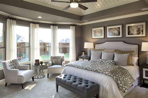 master bedroom decorating ideas small master bedroom decorating ideas 72 insidecorate com