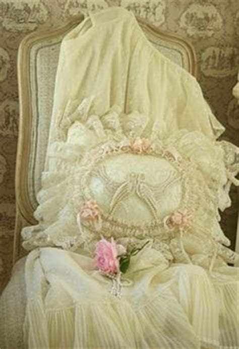 jual shabby chic 1000 images about beautiful pillows on pinterest lace pillows pillows and shabby chic pillows