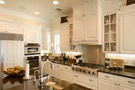 Agreeable Kitchen Cabinets Trends Decoration Ideas Cabinet Door Styles Kitchen Tropical With Kitchen Island Glass Door