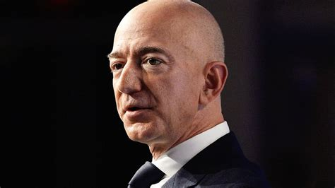 Amazon founder Jeff Bezos stepping down as CEO