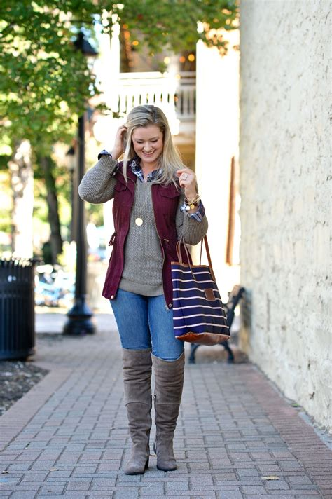 How To Layer A Burgundy Vest To Create The Perfect Fall Outfit