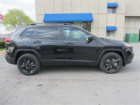 jeep cherokee trailhawk black rims 8 best 2015 jeep cherokee images on pinterest jeep jeep