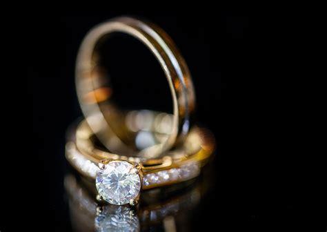 new wedding rings black background matvuk com