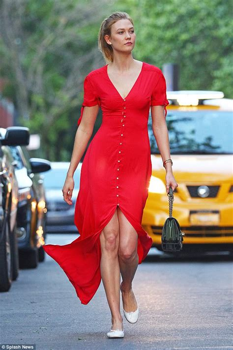 Karlie Kloss Vision Red She Heads Meeting