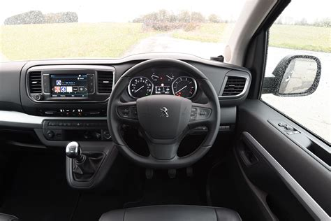 2017 Peugeot Traveller Cars Exclusive Videos And Photos