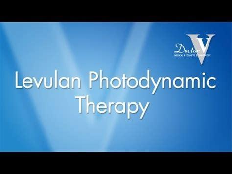 blue light photodynamic therapy levulan