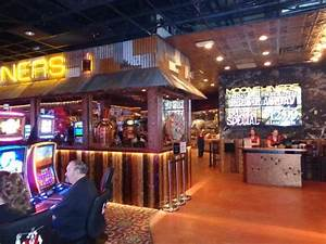 Bar and casino - Picture of Moonshiners, Pahrump - TripAdvisor