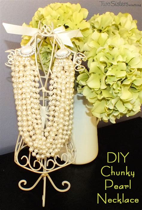 chunky pearl necklace  sisters
