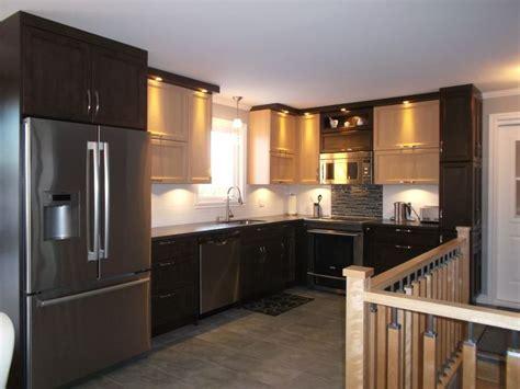 comptoir cuisine stratifié cuisine de style contemporain 2 couleurs armoires en