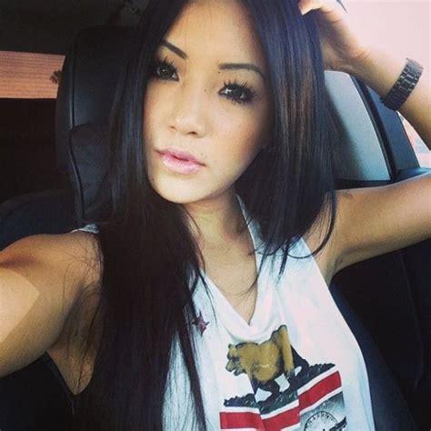 pretty and petite asian girls 45 pics