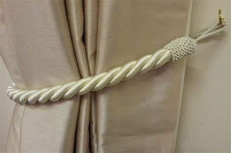 2 X Stunning Cream Thick Large Rope Satin Curtain Drape