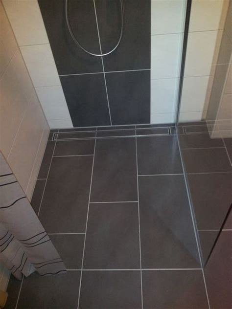 Fliesen Für Bodengleiche Dusche by Dusche Erstaunlich Bodenfliesen F 252 R Begehbare Dusche In