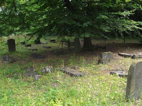 Im Herbst Gießen by Der J 252 Dische Friedhof In Nordeck Gemeinde Allendorf An