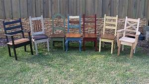 Distressed wood kitchen table and chairs types of wood for Barnwood kitchen table and chairs