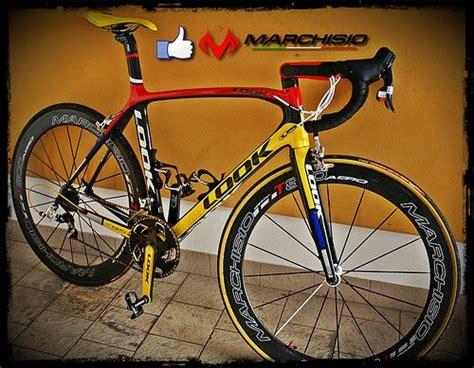 Marchisio bici offe un ampia gamma di biciclette usate. Bici di Matteo Bergamini con ruote Marchisio T800 Aero ...