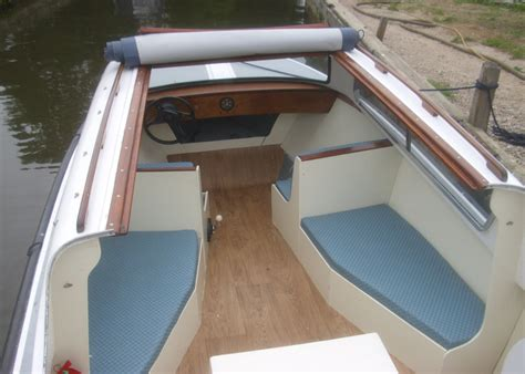 Sailing Boat Hire Southton by Day Boat Hire Day Boats On The Norfolk Broads