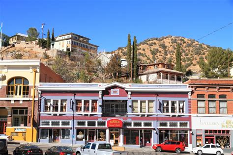 best small towns in america 10 coolest small towns in america 2017 budget travel