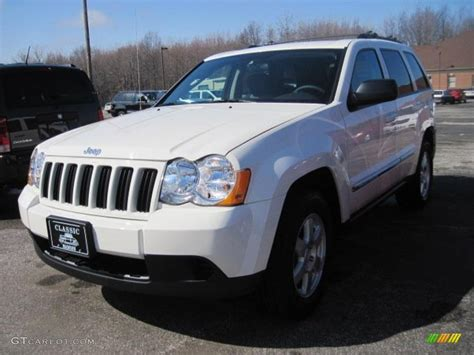 jeep laredo white 2010 stone white jeep grand cherokee laredo 4x4 27805091