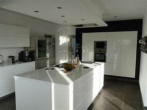 cuisine ilot central blanc laque wrastecom With cuisine blanc laque avec ilot