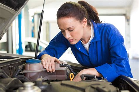 Is An Auto Mechanic Career The Right Choice For You
