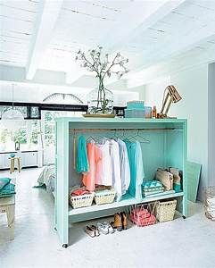 Space-Making Room Dividers That Double As Storage ...